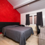 HOTEL-MOTEL-ORNEX
